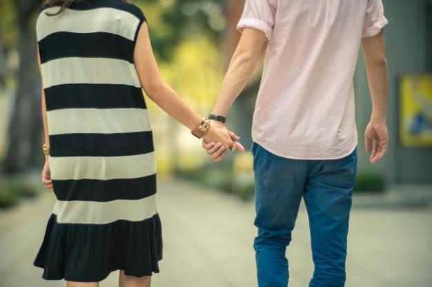 pareja-mano